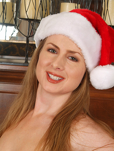Madori From Allover30.com Wishes You A Very Merry Christmas