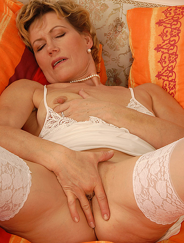 51 Year Old Chech Vixen Plungs Her Mature Pussy With Fingers