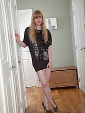 Surrounding her tight pink pussy is locks of light golden hair, just waiting to be twirled. Today Satine Spark barely makes it through the door before getting nasty.