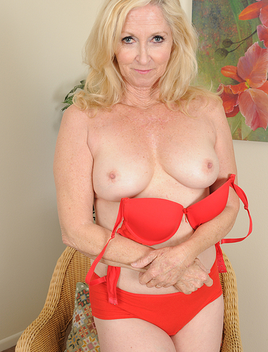 Horny 57 year old Annabellle from AllOver30 takes a break from sewing