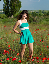 When hairy babe Rimma wants to relax, she puts on her favorite dress and walks in a field of flowers. She enjoys the feel of them on her skin. She enjoys getting naked, letting the flowers caress her.