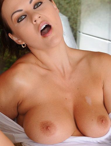 Gorgeous busty Tina Kay gets all wet doing dishes and teasing